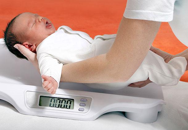 علائم و نشانه های بیماری سمیت با سرب در نوزادان