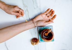 فواید عسل در ترمیم زخم و سوختگی