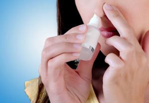 قطره نمکی بینی برای درمان طبیعی سرماخوردگی و آنفولانزا