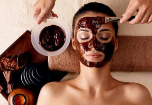 درمان جوش صورت با ماسک دارچین و عسل 2