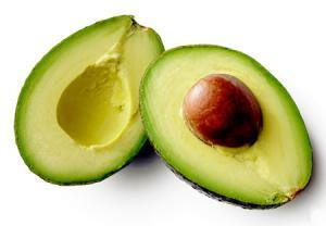 آووکادو یکی از مواد غذایی برای سوزاندن چربی شکم