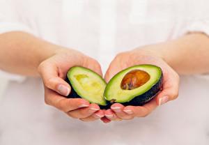 مزایای هسته میوه آووکادو برای مبارزه با سلولهای سرطانی
