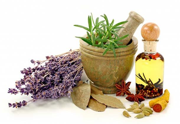مخلوط کردن گیاهان با عسل برای درمان عفونت های زنانه