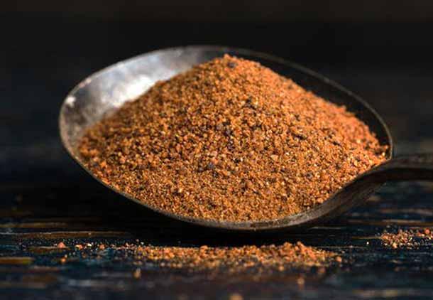 جوز هندی برای طعم دادن به قهوه