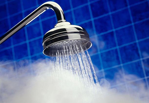 راههای سقط جنین در ماه اول : با دوش آب گرم