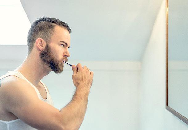 اصول اولیه بهداشت دهان و دندان را رعایت کنید.
