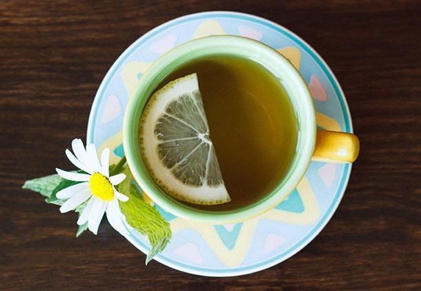 چای سبز برای درمان جوش های هورمونی