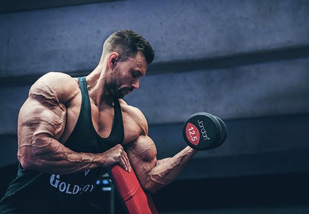بهترین زمان مصرف گلوتامین (2) - اهمیت مصرف مکمل گلوتامین در ورزشکاران چیست؟