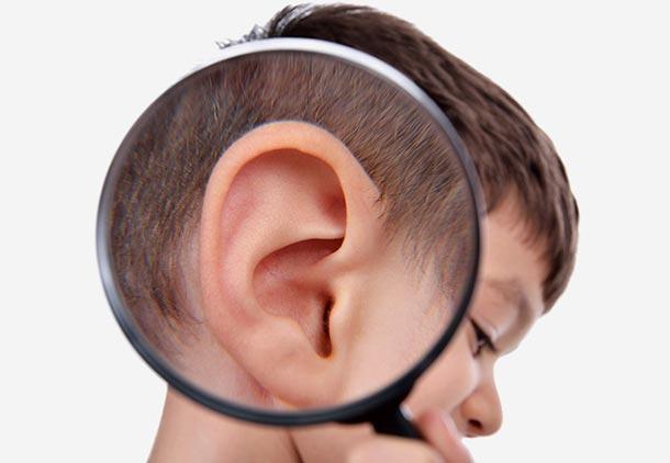 درمان گوش درد نوزادان : استفاده از کمپرس گرم برای درمان گوش درد بچه ها