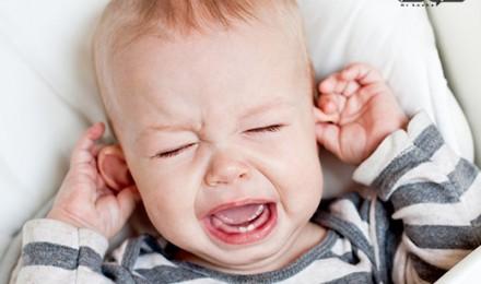 درمان گوش درد نوزادان ( از زمان تولد تا ۲ سالگی )