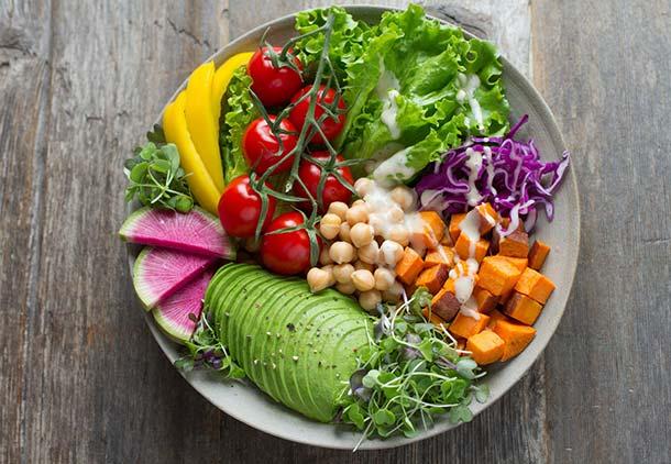 رژیم غذایی بر پایه گیاهان : مزایای رژیم بر پایه گیاهان