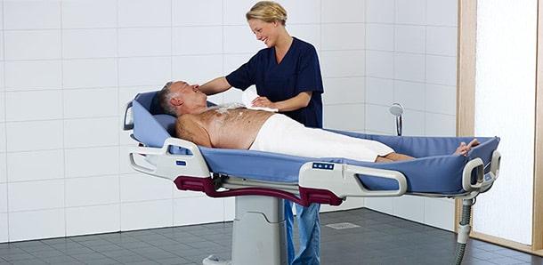 استحمام در تخت : معرفی محصول فوم شست و شوی بدن برای استحمام در بستر