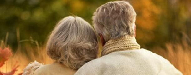رابطه جنسی سالمندان : برقراری روابط عاشقانه قبل از رابطه