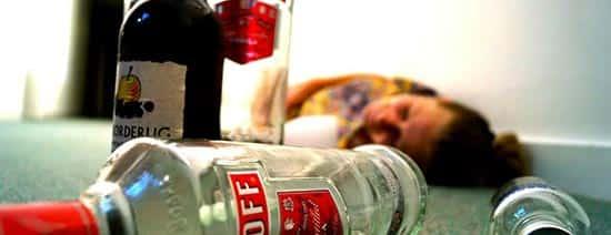 مسمومیت با متانول : هشدار سازمان غذا و دارو در مورد مصرف الکل صنعتی و مسمومیت ناشی از متانول